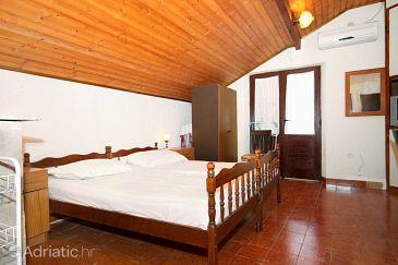 Apartment A-6732-a - Apartments Sućuraj (Hvar) - 6732