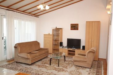 Apartment A-6759-b - Apartments and Rooms Makarska (Makarska) - 6759