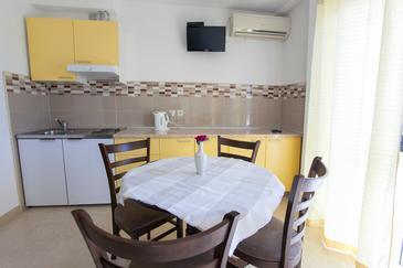 Apartment A-6761-c - Apartments Baška Voda (Makarska) - 6761