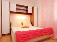 Bedroom 3 - Apartment A-6767-b - Apartments and Rooms Makarska (Makarska) - 6767