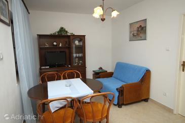 Apartment A-6779-b - Apartments Podgora (Makarska) - 6779