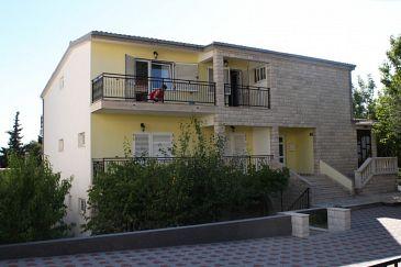 Obiekt Gradac (Makarska) - Zakwaterowanie 6783 - Apartamenty ze żwirową plażą.