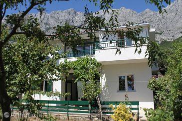 Property Veliko Brdo (Makarska) - Accommodation 6791 - Apartments with pebble beach.