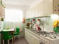 Kitchen - Apartment A-6814-a - Apartments Makarska (Makarska) - 6814