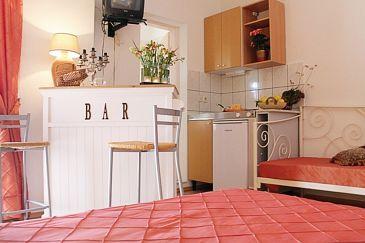 Studio flat AS-6817-c - Apartments Tučepi (Makarska) - 6817
