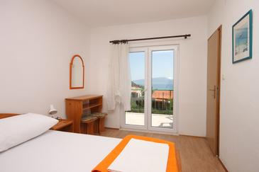 Room S-6819-a - Apartments and Rooms Gradac (Makarska) - 6819
