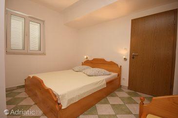 Room S-6828-d - Apartments and Rooms Brela (Makarska) - 6828