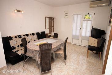 Apartment A-6837-a - Apartments Živogošće - Mala Duba (Makarska) - 6837