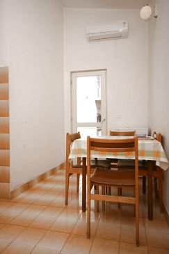 Apartment A-6844-b - Apartments Makarska (Makarska) - 6844
