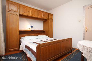 Room S-6853-c - Apartments and Rooms Baška Voda (Makarska) - 6853