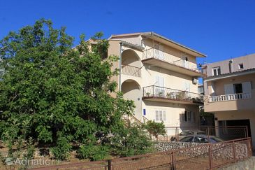 Property Baška Voda (Makarska) - Accommodation 6854 - Apartments with pebble beach.