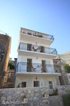 Property Igrane (Makarska) - Accommodation 6878 - Vacation Rentals with pebble beach.