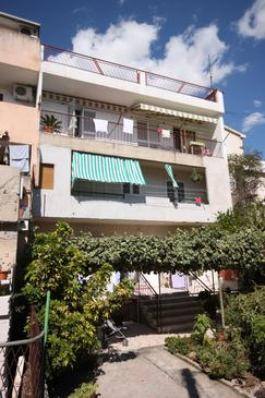 Property Makarska (Makarska) - Accommodation 6885 - Apartments with pebble beach.