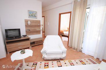 Apartment A-6890-a - Apartments Brodarica (Šibenik) - 6890