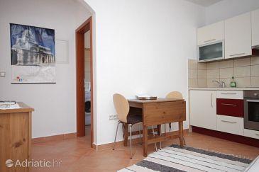 Apartment A-6890-c - Apartments Brodarica (Šibenik) - 6890
