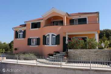 Property Brodarica (Šibenik) - Accommodation 6890 - Apartments with pebble beach.