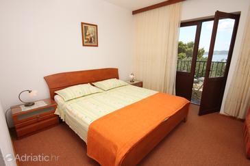 Room S-6894-a - Apartments and Rooms Brela (Makarska) - 6894