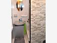 Bathroom - Studio flat AS-6909-a - Apartments and Rooms Makarska (Makarska) - 6909