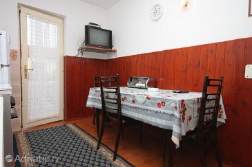 Apartment A-6930-a - Apartments and Rooms Novigrad (Novigrad) - 6930