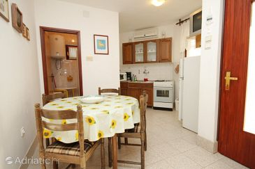 Apartment A-6948-a - Apartments Tar (Poreč) - 6948