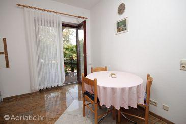 Apartment A-6984-b - Apartments Poreč (Poreč) - 6984