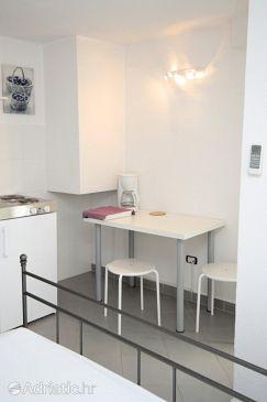 Studio flat AS-7107-c - Apartments Novigrad (Novigrad) - 7107