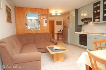 Apartment A-7108-c - Apartments Novigrad (Novigrad) - 7108