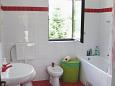 Bathroom - Apartment A-7132-b - Apartments and Rooms Umag (Umag) - 7132