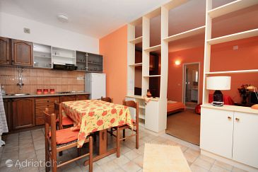 Studio flat AS-718-a - Apartments Puntinak (Brač) - 718