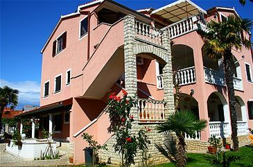 Property Medulin (Medulin) - Accommodation 7182 - Apartments with sandy beach.