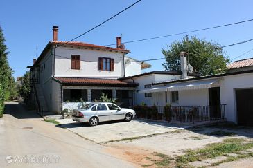 Property Zambratija (Umag) - Accommodation 7187 - Apartments with sandy beach.