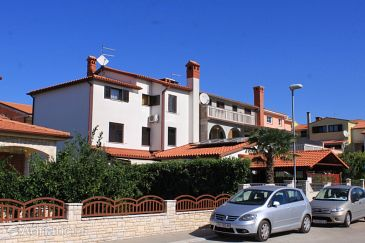 Property Fažana (Fažana) - Accommodation 7192 - Apartments near sea with pebble beach.