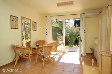 Rovinj, Living room u smještaju tipa apartment, dostupna klima i dopusteni kucni ljubimci.