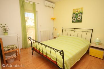 Room S-7216-a - Apartments and Rooms Rovinj (Rovinj) - 7216