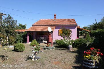 Property Valbandon (Fažana) - Accommodation 7227 - Apartments with pebble beach.