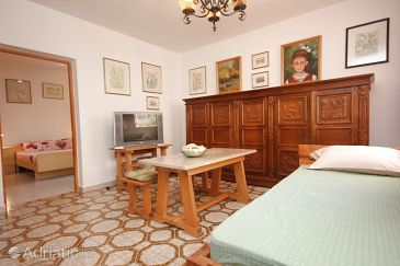 Apartment A-7228-a - Apartments Valbandon (Fažana) - 7228