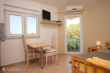 Fažana, Dining room u smještaju tipa studio-apartment, WIFI.
