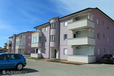 Property Valbandon (Fažana) - Accommodation 7258 - Apartments with pebble beach.