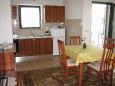 Kitchen - Apartment A-7304-b - Apartments Valbandon (Fažana) - 7304