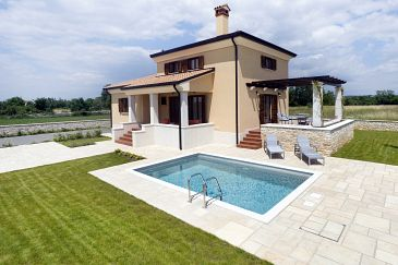 Property Kanfanar (Središnja Istra) - Accommodation 7330 - Vacation Rentals with pebble beach.