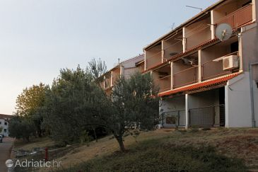 Property Duga Uvala (Marčana) - Accommodation 7350 - Apartments with pebble beach.