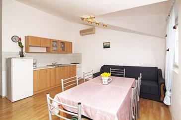 Apartment A-7351-b - Apartments Valbandon (Fažana) - 7351