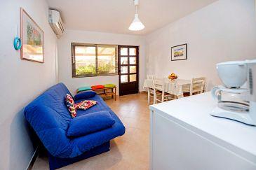 Rovinj, Obývací pokoj u smještaju tipa apartment, dostupna klima i WIFI.