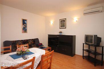Apartment A-7385-b - Apartments Pješčana Uvala (Pula) - 7385