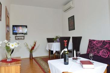 Apartment A-7387-e - Apartments Poreč (Poreč) - 7387