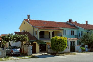 Property Banjole (Pula) - Accommodation 7406 - Vacation Rentals with pebble beach.