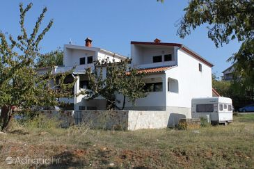 Property Štinjan (Pula) - Accommodation 7425 - Apartments with pebble beach.