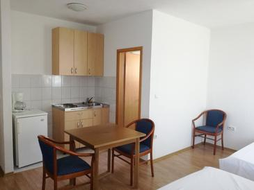Studio flat AS-7481-a - Apartments Dugi Rat (Omiš) - 7481