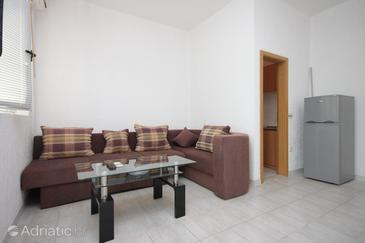 Apartment A-7483-c - Apartments Medići (Omiš) - 7483