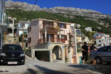 Property Pisak (Omiš) - Accommodation 7521 - Apartments near sea with pebble beach.
